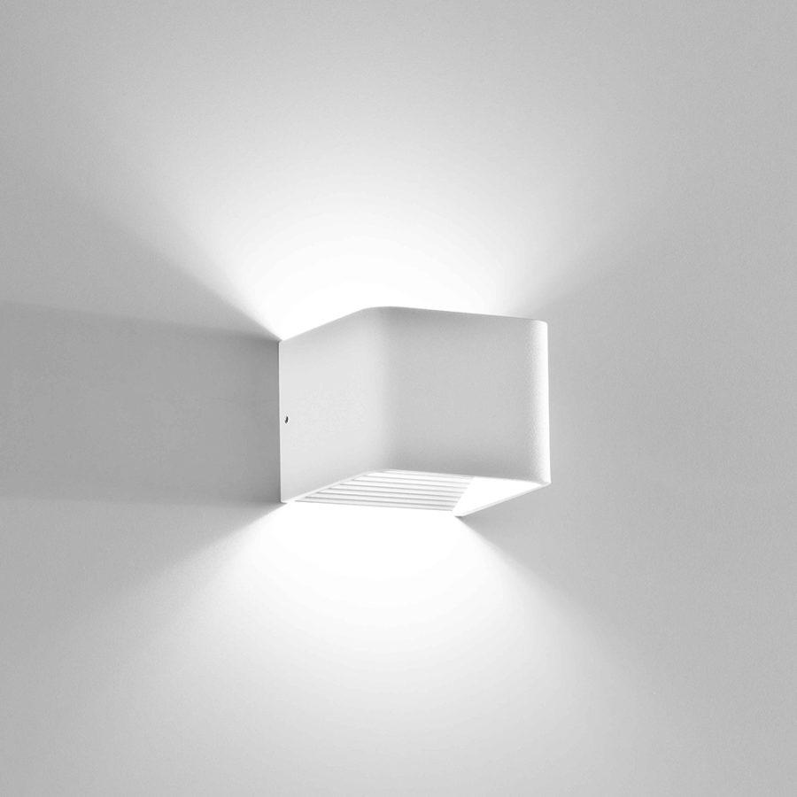 Applique in alluminio Cubo a LED bianco