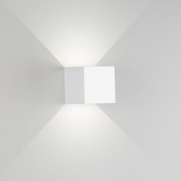 Applique in gesso Cubo a LED bianco