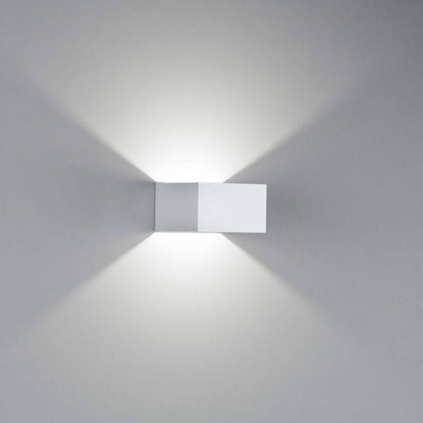 Applique Cubo a LED in alluminio bianco satinato