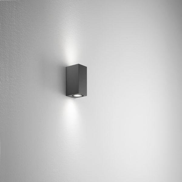 Lampada da parete in alluminio antracite Ischia