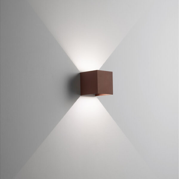 Applique in alluminio Cubo a LED Corten
